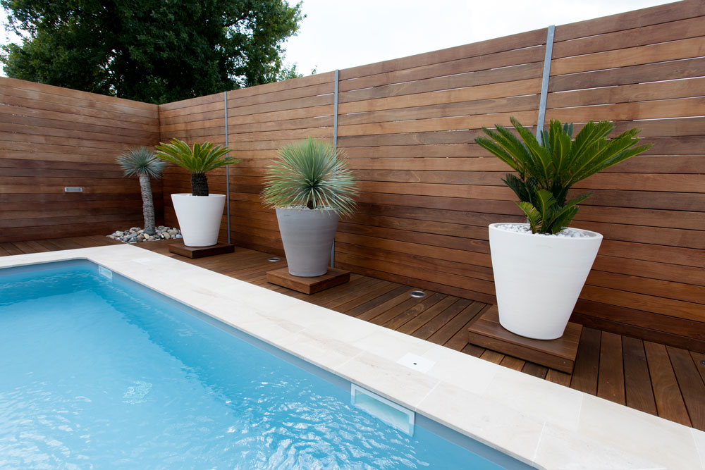 Wood Patio, Fence or Terrasse Staining